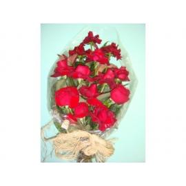 buquê de rosas importadas(1 dz)