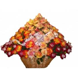 cesta c/ rosas colombianas
